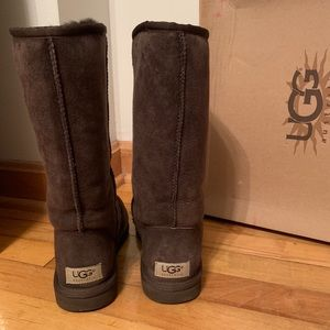 UGG Classic Tall Boots Chocolate